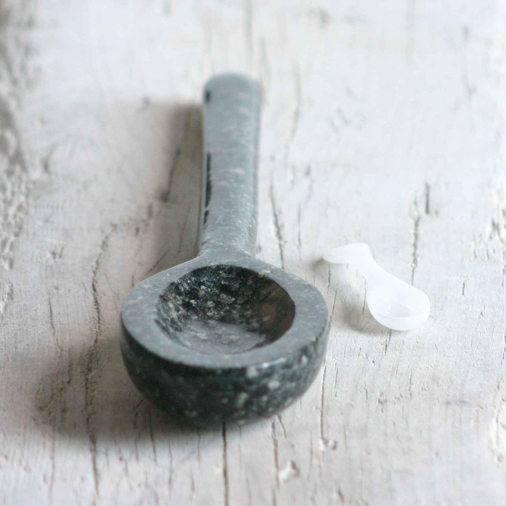 stone spoons sq