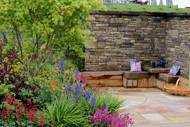 Cornerstone and conservation at the rhs malvern spring for Pip probert garden designer