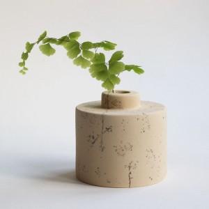 Cadeby Vase (barrel)