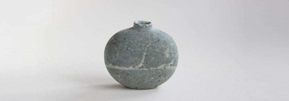 Pebble Vase (Serpentine)