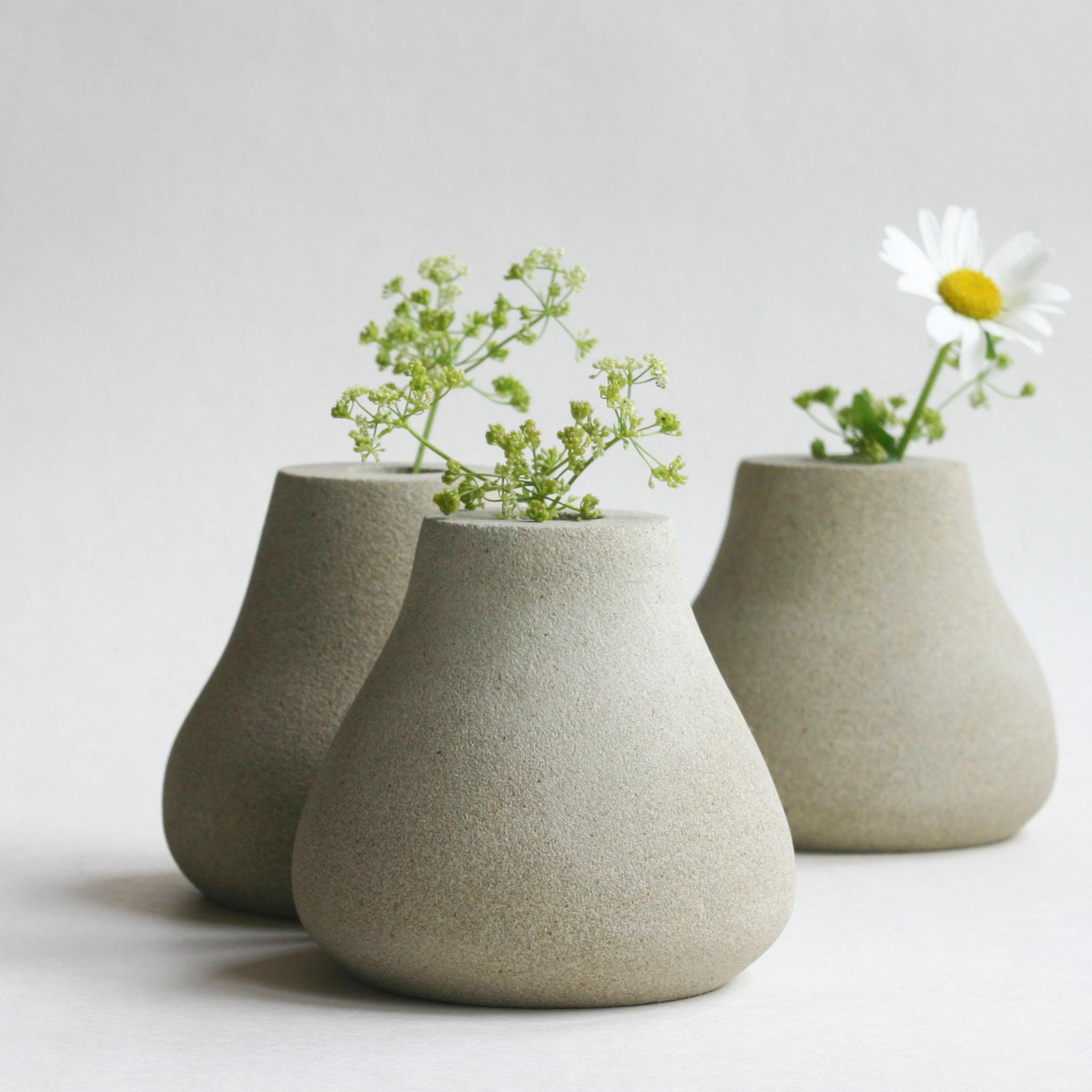 Teardrop bud vase