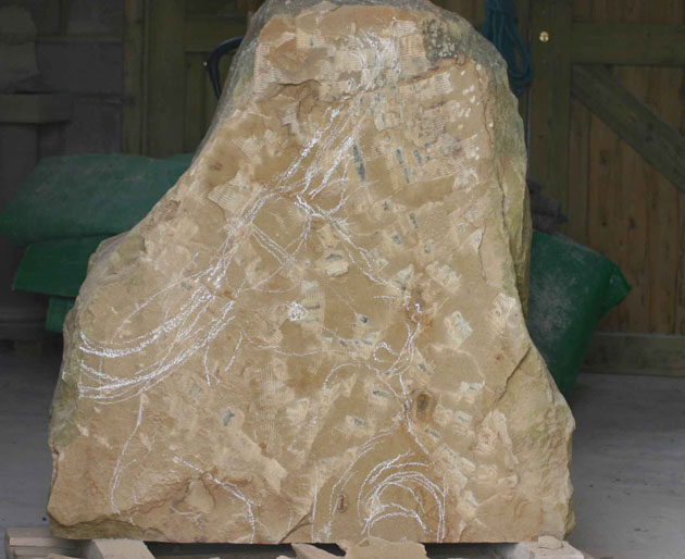 Drawing the image on the stone