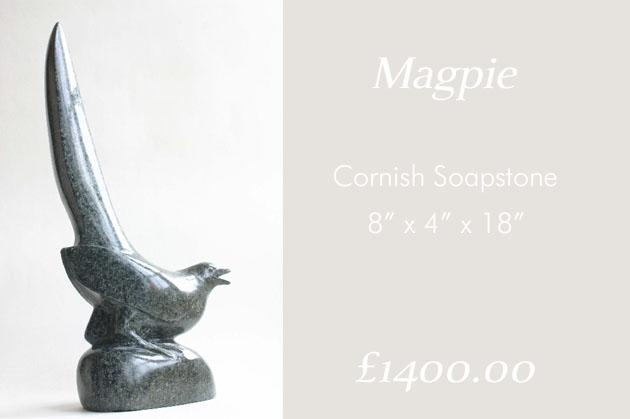 Magpie sculpture detail