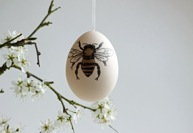 Easter egg decorated with a bee