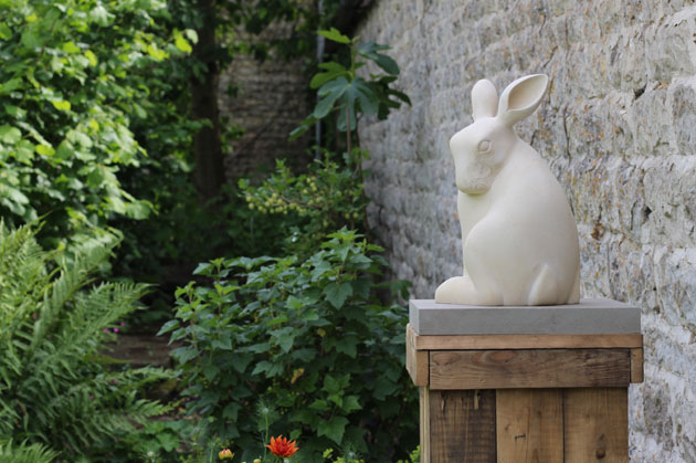 Hare sculpture at Nunnington Hall