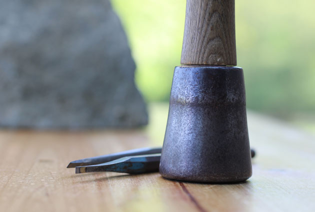 Dummy mallet and fine chisels