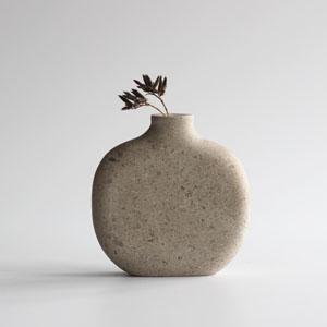 Hopton Wood stone vase