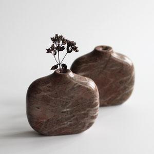 Stem vase in Stoneycombe marble