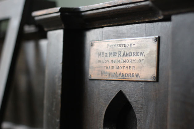 Presentation plaque