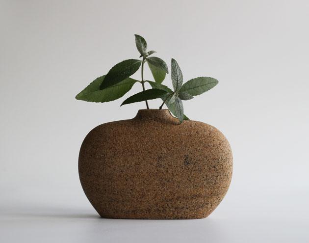 Sandstone stem vase