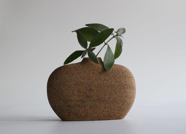 Lingberry Sandstone vase