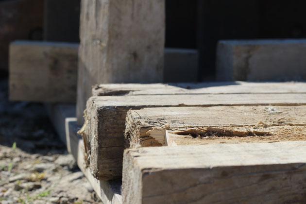 Wood chocks and wedges