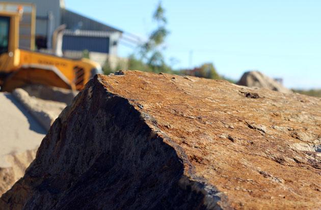 Dunhouse stone